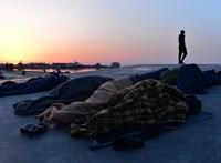 """Humanitárius válság: """"Leszboszból lassan szabadtéri börtön válik"""""""