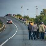Százhúsz rendőrt mozgósítanak a Csalagutat elárasztó menekültek miatt