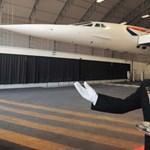 Valentin-napi vacsorarandi egy Concorde gép fedélzetén?