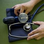 Az ígértnél kevesebb pluszpénzt kapnak a háziorvosok és jóval később