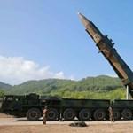 Félelem és rettegés: Mit tud valójában Észak-Korea interkontinentális rakétája?