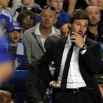 Bajban van a Chelsea edzője, kirúgástól tart
