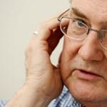 Róna Péter: Az elvett pénz helyett nemzeti büszkeséget kapnak a szegények