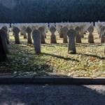 Fogy az idő, beszánthatják híres pécsi családok sírjait