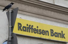 Leállásra figyelmezteti ügyfeleit a Raiffeisen
