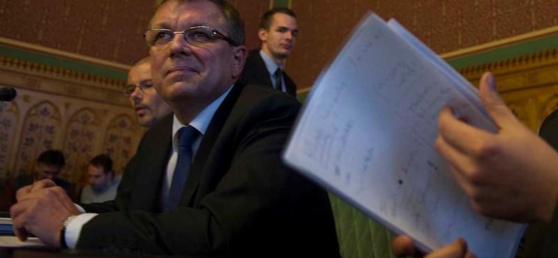 Újabb csapás érheti a magyar gazdaságot elemzők szerint