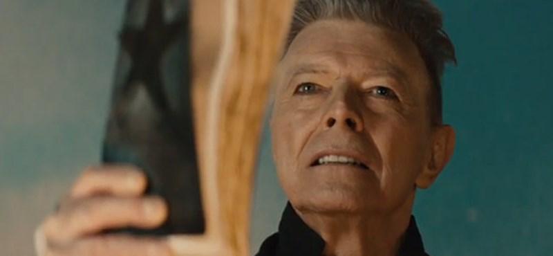 David Bowie és Prince előtt is fejet hajt Az Igazság Ligája – fotó