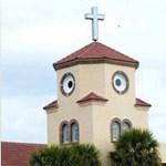Olyan arcot vág ez a szentpétervári imaház, mint a csirke, ami most bújt ki a tojásból