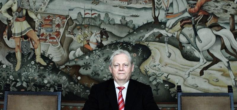 Tarlós saját keretéből pénzelte Zalatnay Cinit