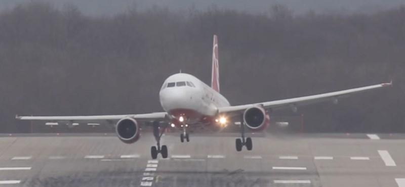 Veszélyesen nehéz volt leszállni tegnap a düsseldorfi reptéren – videó