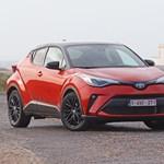 Unaloműző: sportos és alig fogyaszt a megújult Toyota C-HR