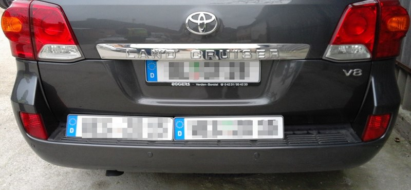 Nagyértékű körözött V8-as Toyota terepjárókat foglaltak le – videóval
