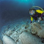 2500 éves amforákra bukkantak a Jón-tengerben