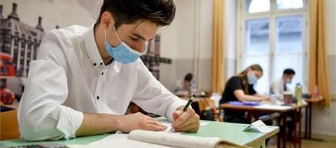Hogyan érdemes beosztani az időt a matekérettségi alatt? Tuti tippek vizsgázóknak