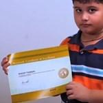 Hihetetlen teljesítménnyel lepte meg a világot egy 8 éves kisfiú