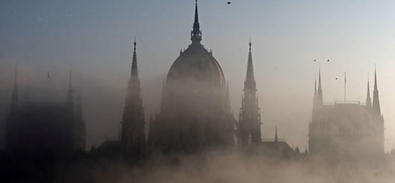 Magyarországot is elérte Trump elnökválasztási botránya – Budapesten járt egy embere