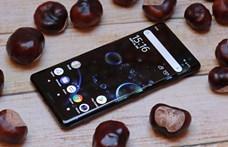 Teszten a friss androidos telefon, melybe végre gyönyörű képernyőt tett a Sony