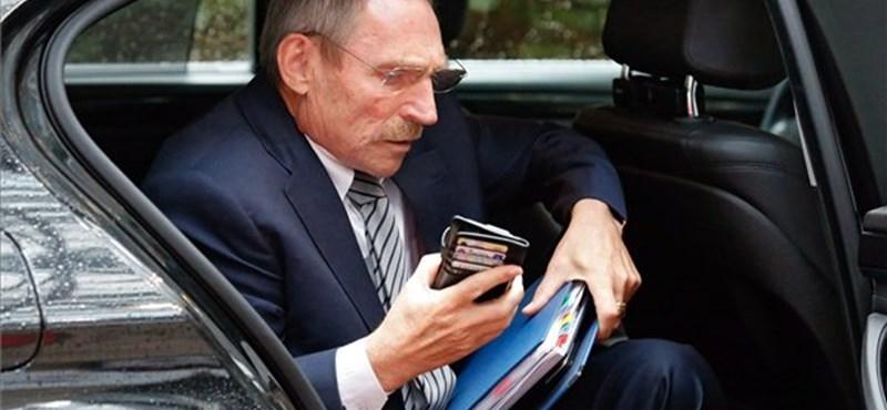 Rács mögött maradhat az állítólag Pintér Sándorról szóló iratokkal rendelkező férfi