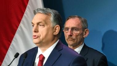 Orbán úgy adja vissza rendkívüli felhatalmazását, hogy sok mindent megtart belőle