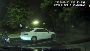 Kirúgták a rendőrt, aki agyonlőtt egy afroamerikai férfit Atlantában