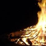 Tiltott helyen rakott tüzet, leégett miatta 104 ház az Egyesült Államokban