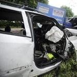 Fekete hétvége az utakon: 4 halott, 30 súlyos sérült