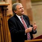 Hiller István lenne a szocialisták oktatási minisztere?