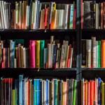 Négyszáz példányt vett a saját könyvéből egy író, hogy feljebb kerüljön a toplistán
