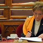 Ma folytatódik a parlamenti vita a felsőoktatási törvényről