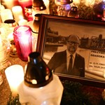 Tízezrek vonultak utcára a gdanski polgármester halála után