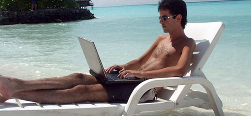 Majd a számítógép megszervezi a nyaralást