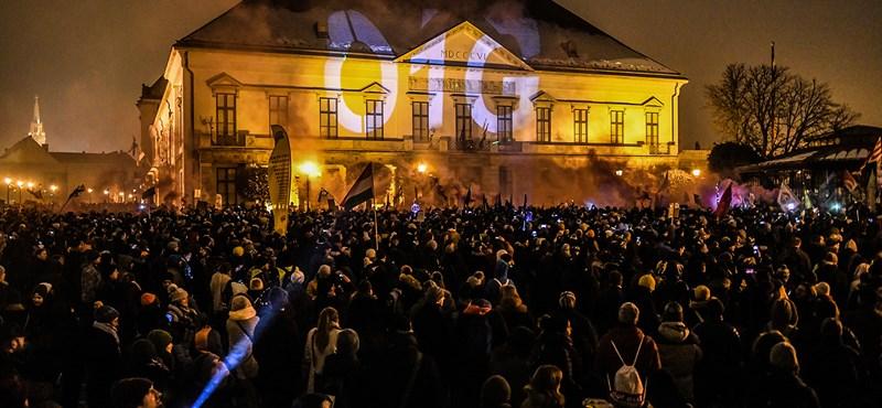 Mit jelenthet az egymillióval több kormánykritikus magyar?