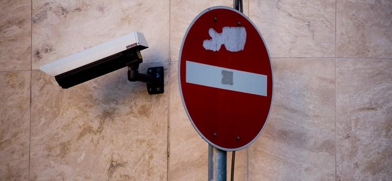 Durva megfigyelő kamerák jönnek: lesöpörhetik a szupertraffit, és még a járókelőket is azonosítják