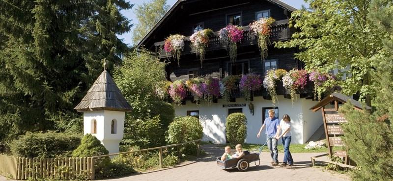Amikor egy faluból építenek szállodát - a Dorfhotel Schönleitn vendégei voltunk