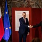 Orbán megköszönte a lengyeleknek, hogy Magyarország eddig őrizhette II. Zsigmond Ágost gyermekpáncélját