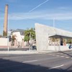 Fotók: A Népligetnél is elkészült a villamosmegálló betontömbje