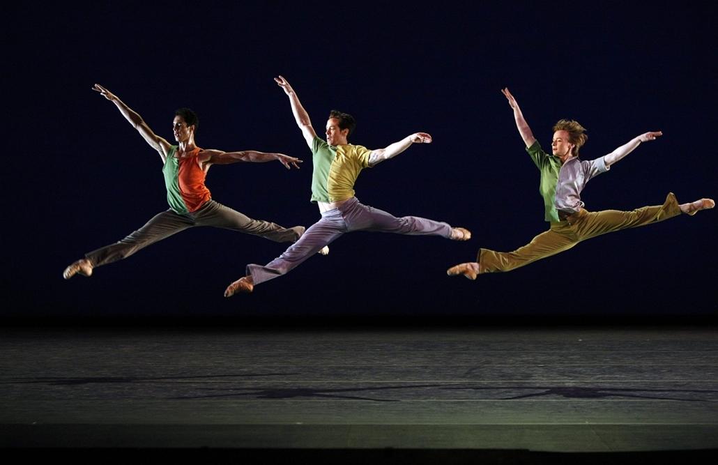 Moszkva - Sascha Radetsky (középen) fellépése a Bolshoi Színházban.