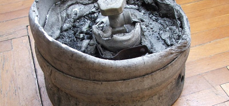 Fotó: Ilyen durva változáson megy keresztül egy tűznek kitett gázpalack