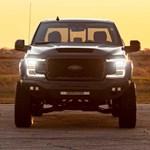 775 lóerős gigantikus amerikai pickup, ami sportkocsiként gyorsul
