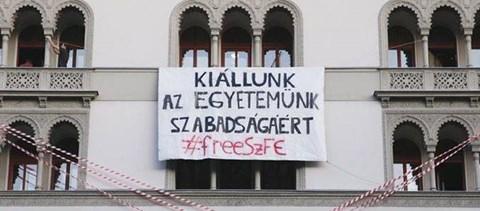 A Magyar Teátriumi Társaság szerint az SZFE-n nem elég színvonalas az oktatás