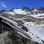 Kínai tudósok szerint bevált a módszerük, amivel lassítható a gleccserek olvadása