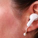 Zene füleinknek: kipróbáltuk az AirPods töredékébe kerülő új Honor fülhallgatót