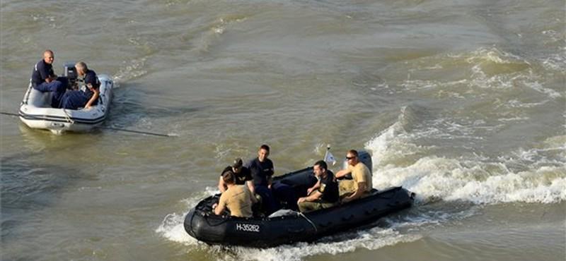 Apad a Duna, könnyebb lehet a Hableány kiemelése