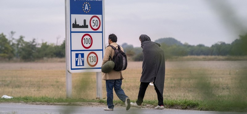A kerítés ellenére menekültek tízezrei juthattak át Nyugatra