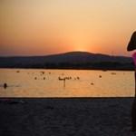 100 évente kiszárad, most mégis érdemes ennél a magyar tónál nyaralót vennie