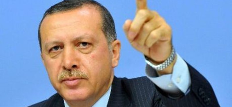 Puccsistának mondott tanárokat rúgtak ki Törökországban, több mint 15 ezret