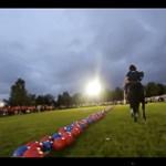 Óriáskidobós 4000 emberrel (videó)
