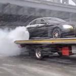 Videó: Gazdag orosz autósoknál megint elgurult valami