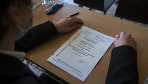 """""""Hibás és káros"""" lépés az érettségi feladatok átszabása a Magyartanárok Egyesülete szerint"""