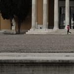 Görögország az orosz és a kínai vakcinával oltottakat is beengedi